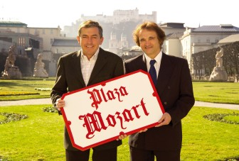 Plaza Mozart - Desde Salzburgo hasta Ushuaia